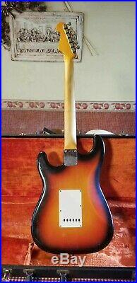1965 Fender Stratocaster Guitar. All Original L 89275 3 Tone Sunburst