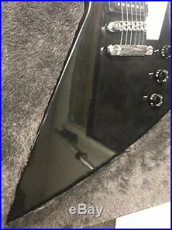 2004 Gibson Explorer Electric Guitar in Hard Case