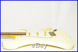 Fender Japan ST62 Stratocaster Electric Guitar Ref No 2023