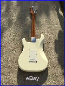 Fender Stratocaster Mexican, please read