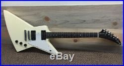 Gibson Explorer Guitar 2006 Classic White HSC
