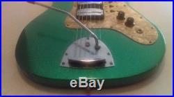 Vintage 1967 Egmond Airstream III Electric Guitar Sparkle Green Finish