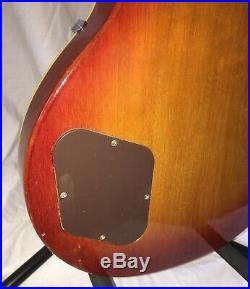 Vintage 1972 Gibson Les Paul Deluxe Electric Guitar USA